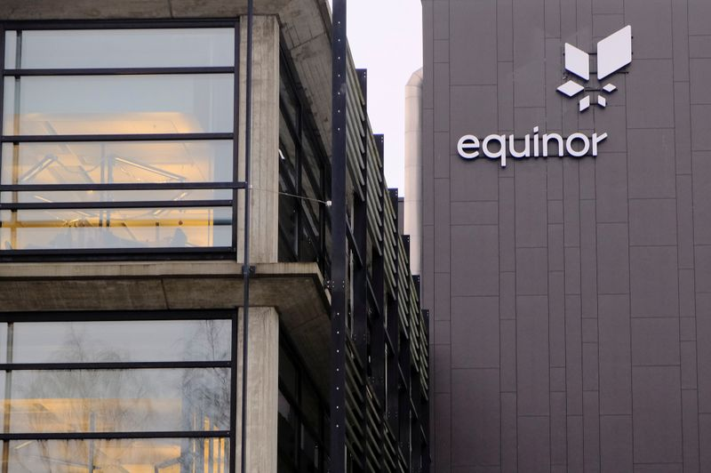 © Reuters. Equinor's logo is seen at the company's headquarters in Stavanger
