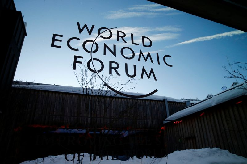 © Reuters. FILE PHOTO: 2020 World Economic Forum in Davos