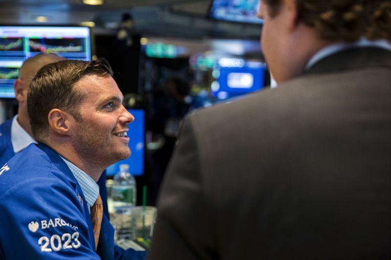 Les résultats sourient à Wall Street qui finit en hausse