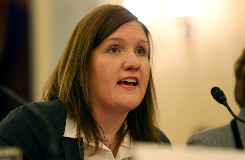 © Reuters. FILE PHOTO: Federal Trade Commissioner Slaughter testifies in Washington