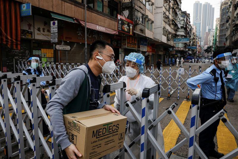 © Reuters. Outbreak of the coronavirus disease (COVID-19), in Hong Kong