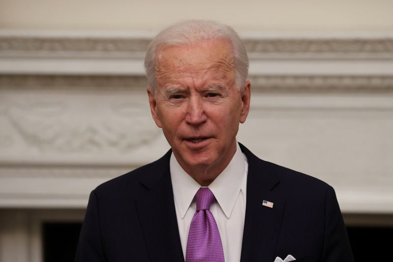 © Reuters. U.S. President Biden holds coronavirus response event at the White House in Washington