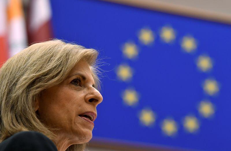 © Reuters. Stella Kyriakides, Commissaria Ue alla Sanità, durante un discorso al Parlamento europeo