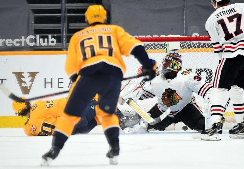 © Reuters. NHL: Chicago Blackhawks at Nashville Predators