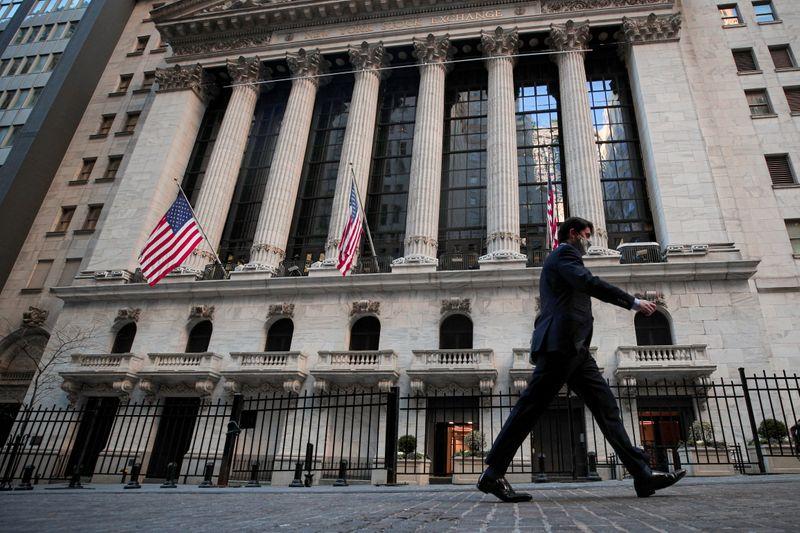 © Reuters. WALL STREET FINIT EN HAUSSE