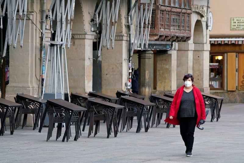 España registra una caída récord del PIB en 2020 y peligran las esperanzas puestas en 2021