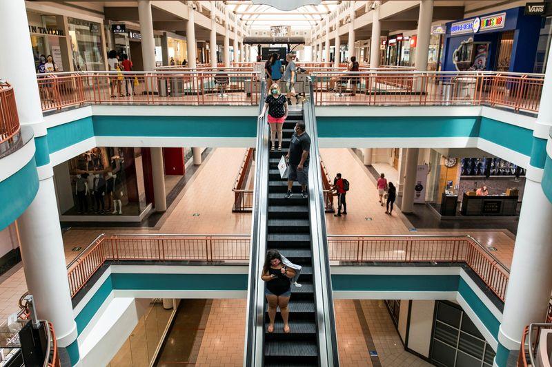 © Reuters.  Destiny USA Mall reabre a medida que se alivian las restricciones de COVID-19