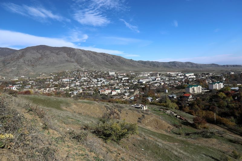© Reuters. A view shows the town of Hadrut in Nagorno-Karabakh