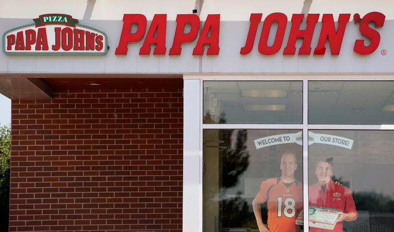 © Reuters. FILE PHOTO: The Papa John's store in Westminster