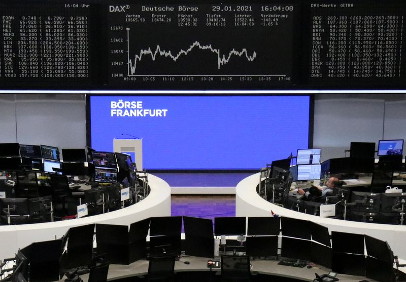 © Reuters. FILE PHOTO:  The German share price index DAX graph is pictured at the stock exchange in Frankfurt