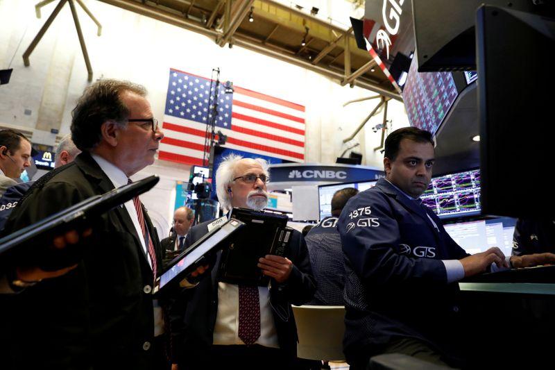 S&P 500, Nasdaq post biggest weekly gains since early November