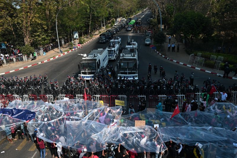 Myanmar protests resume, West condemns security response