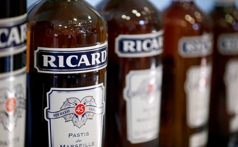Du mieux pour Pernod Ricard au deuxième trimestre mais pas de prévision annuelle chiffrée