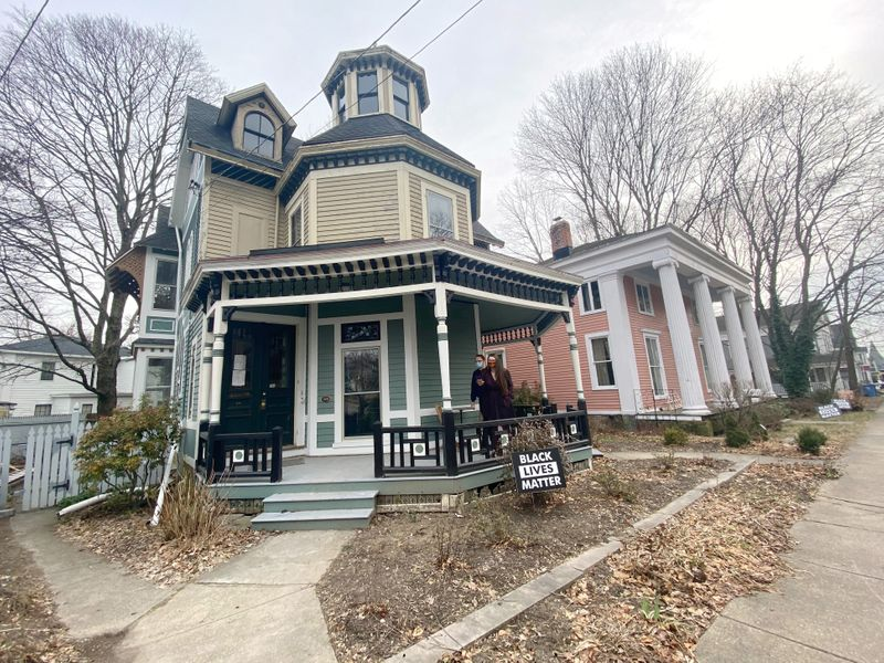 Cheap old homes draw U.S. millennials escaping pandemic cages