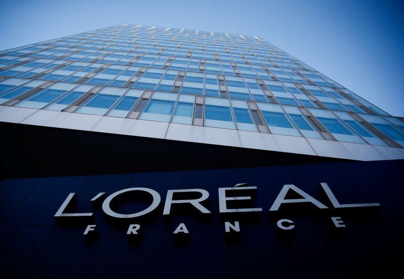 L'Oréal: L'activité continue de se redresser au T4, grâce à la Chine et aux ventes en ligne