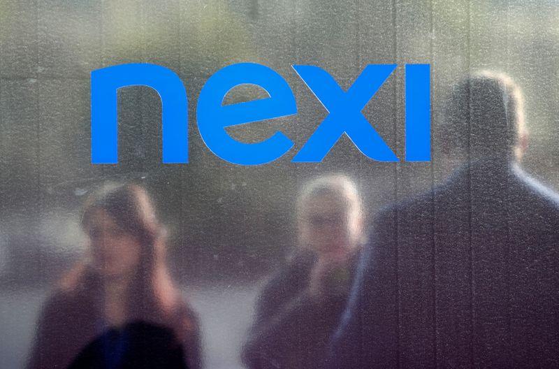 Borsa Milano in lieve calo, UnipolSai e Nexi in evidenza
