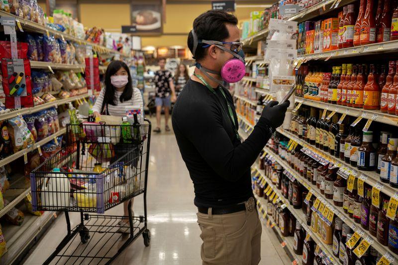 Lower-income households dim U.S. consumer sentiment