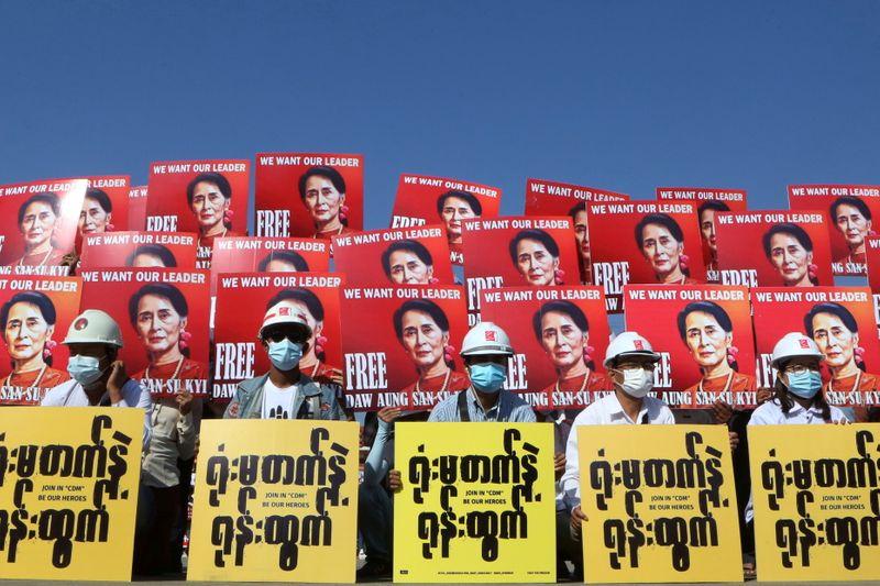 U.N. warns Myanmar against harsh response to protesters