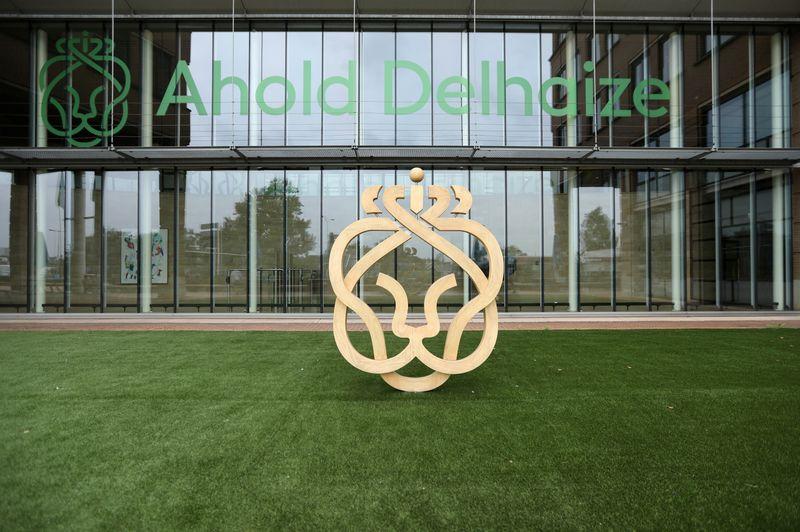 Ahold Delhaize: Le quatrième trimestre dopé par les ventes en ligne, prévisions prudentes pour 2021