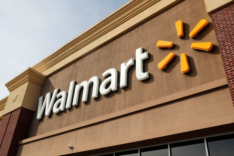 Walmart forecasts disappointing full-year sales as lockdowns ease; shares fall