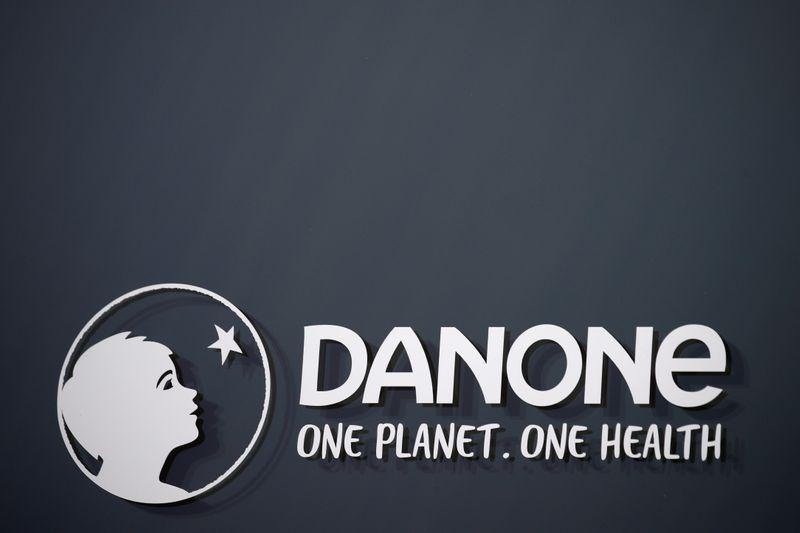 Danone prévient d'un T1 encore difficile, veut dialoguer avec les actionnaires