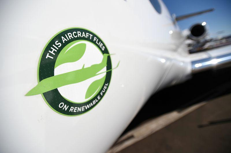 Airlines, renewables companies push Biden to make air travel greener