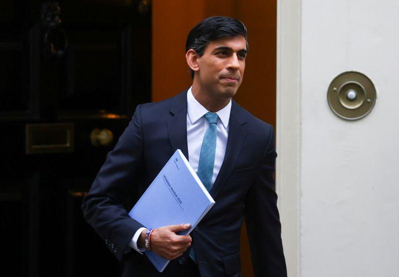 UK's Sunak reaffirms goal of 'sustainable' borrowing