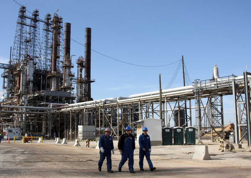 Texas oil refiners will take weeks to recover, boosting U.S. gasoline prices