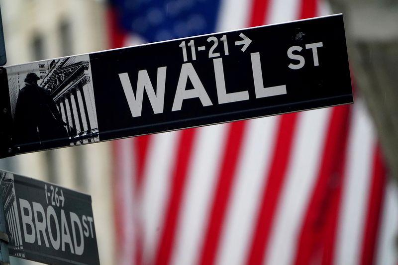 Wall Street varie peu, entre hausse des cycliques et baisse des