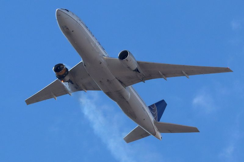FAA orders stepped-up inspections of Boeing 777s after United engine failure