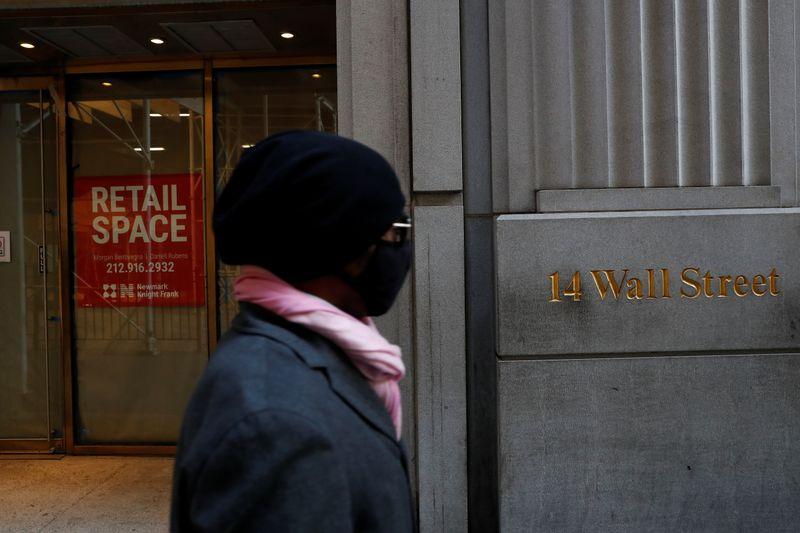 Wall Street ouvre en baisse avant l'audition de Powell