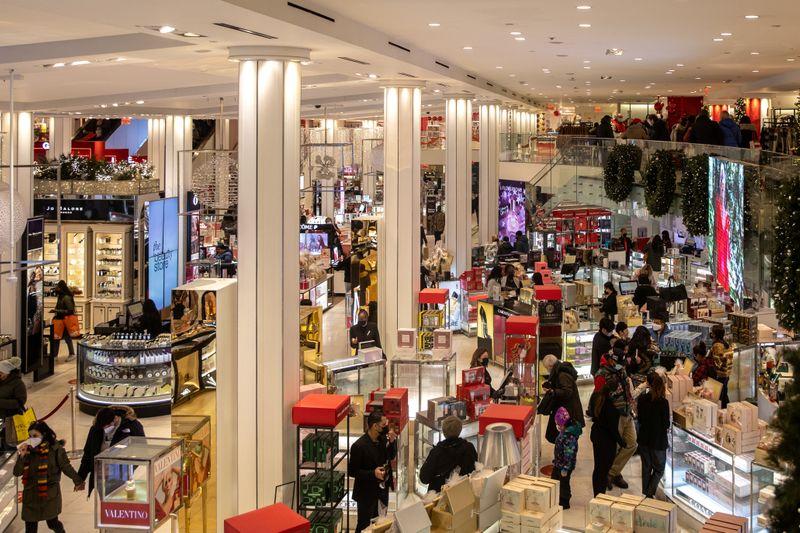 U.S. consumer confidence improves; house prices surge