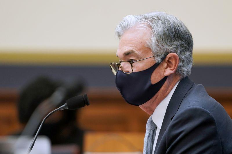 Powell réaffirme la ligne de la Fed, minimise le risque inflationniste