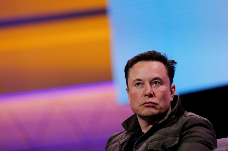 Musk's SpaceX raises $850 million in equity financing