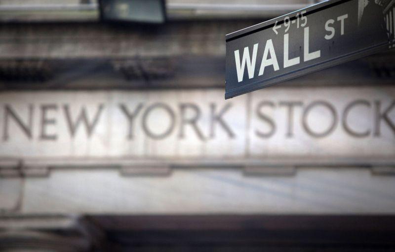 Wall Street tumbles on tech selloff as bond yields climb