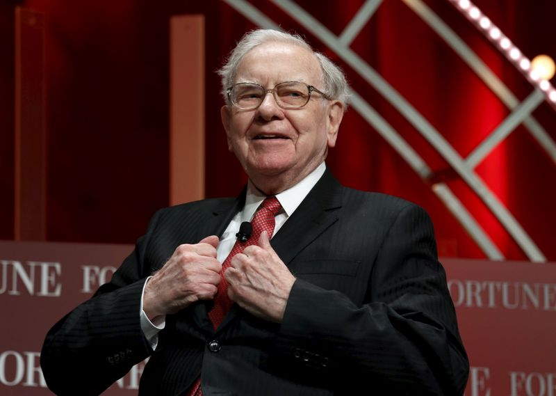 Berkshire Hathaway profit rises, helped by stock gains