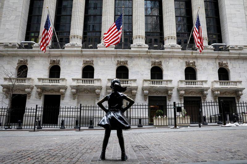 Wall Street drops as high-flying tech stocks retreat