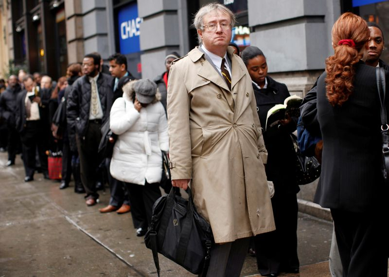 U.S. weekly jobless claims rise moderately; labor market regaining footing