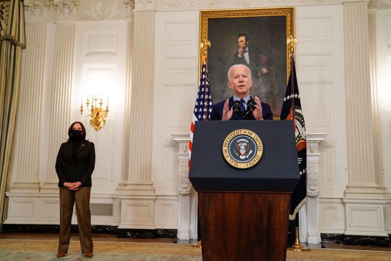Biden says $1,400 payments can start to go out this month thumbnail