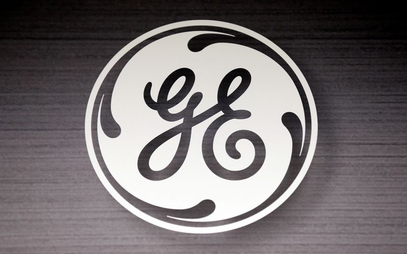 AerCap confirms aircraft-leasing business talks with General Electric