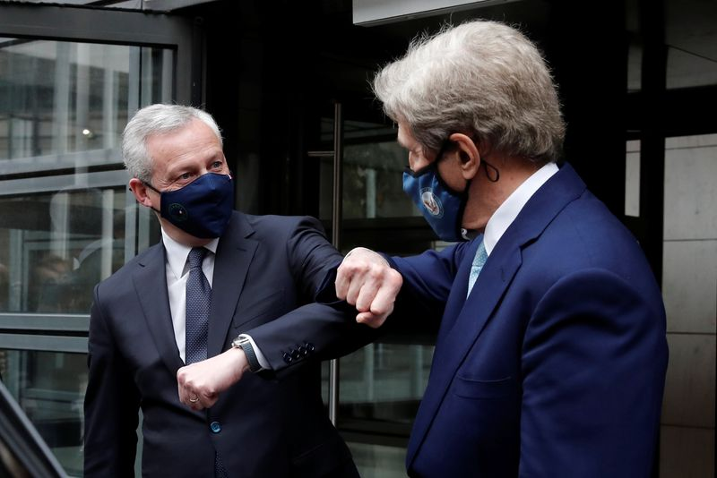 France urges common U.S.-EU green finance rules after Kerry talks