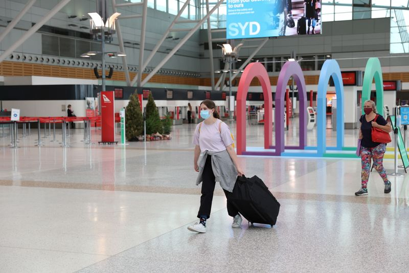 Australia unveils $928 million coronavirus support package to revive airlines, tourism
