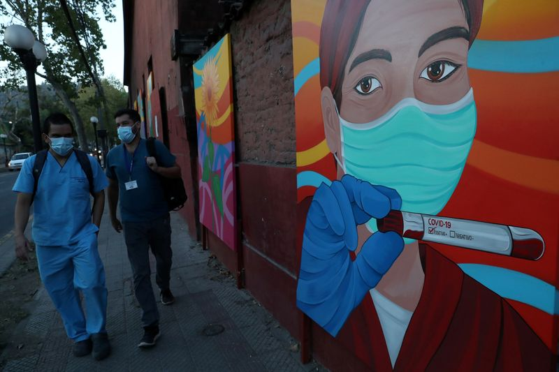Chile announces new measures to keep middle class afloat amid coronavirus crisis