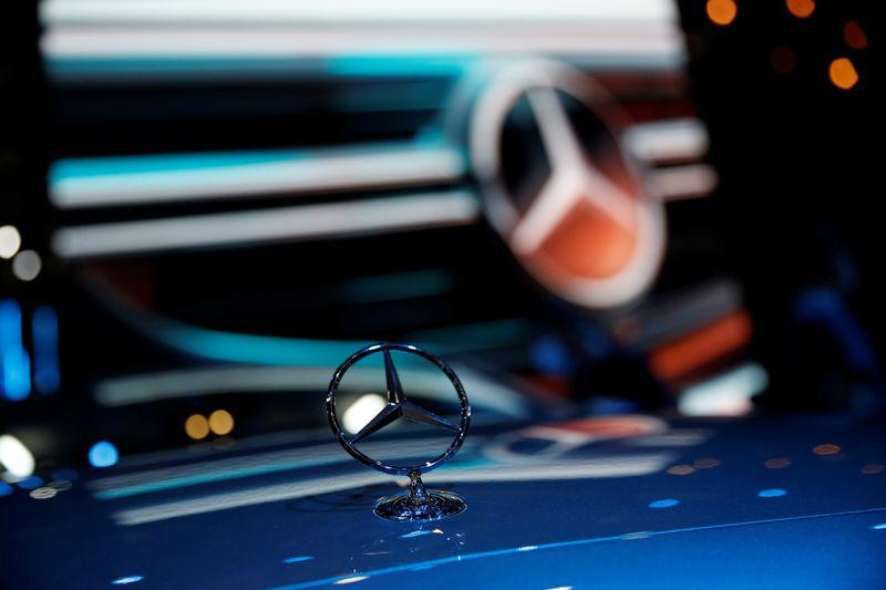 Daimler to recall 2.6 million Mercedes-Benz cars in China