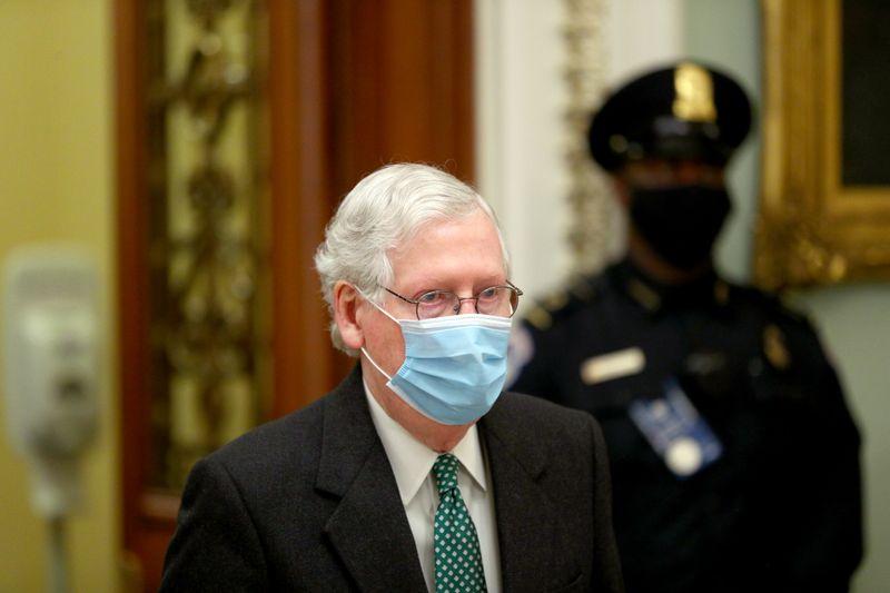 Los republicanos del Senado Supremo advierten mientras los demócratas atacan a los filibusteros