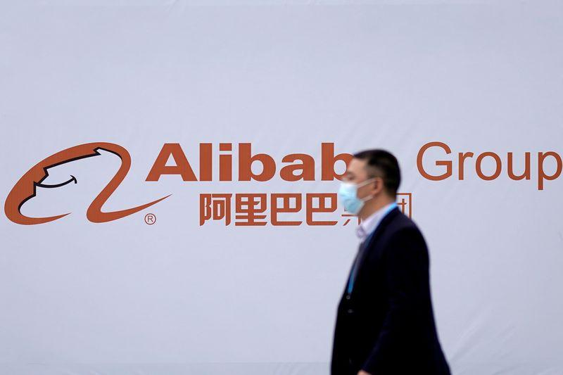 China dice a plataformas de internet que