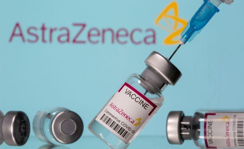 Draghi: somministrazione vaccino Astrazeneca in Italia riprenderà domani
