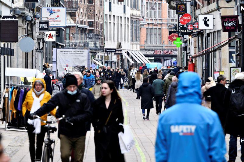 Denmark plans further reopening reliant on corona 'passport'