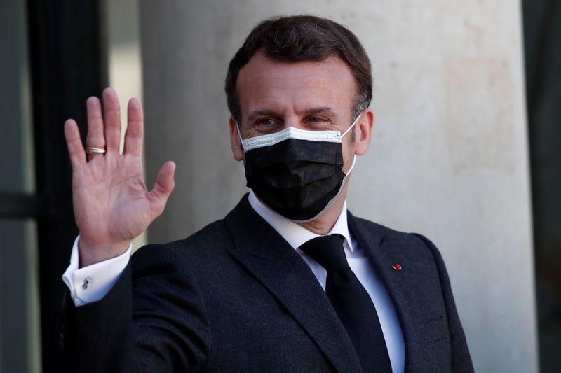 Macron s'exprimera à 20h00 face à une situation sanitaire préoccupante