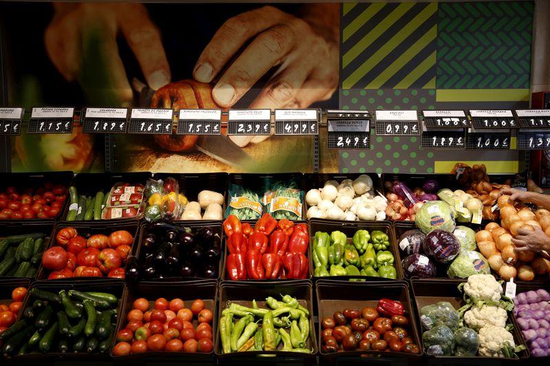 Coronavirus costs climb as Europe's farmers seek seasonal workers